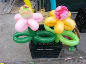 Balloon Groovy Flowers